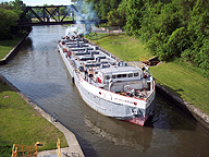 The Day Peckinpaugh in the Erie Canal