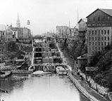 Erie Canal locks and towpath, Lockport, N.Y.
