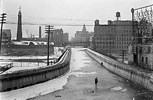 Erie Canal Aqueduct in winter (1908-1910?)