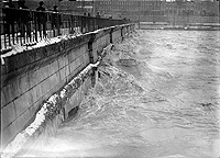 Erie Canal Aqueduct during flood of 1913