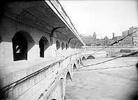 Side view of the Broad Street Bridge, 1924