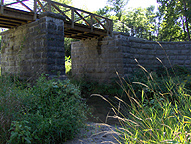 Centreport Aqueduct -- north side, looking southwest from stream level