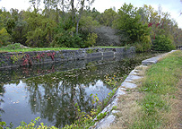 The aqueduct from the towpath, looking southwest